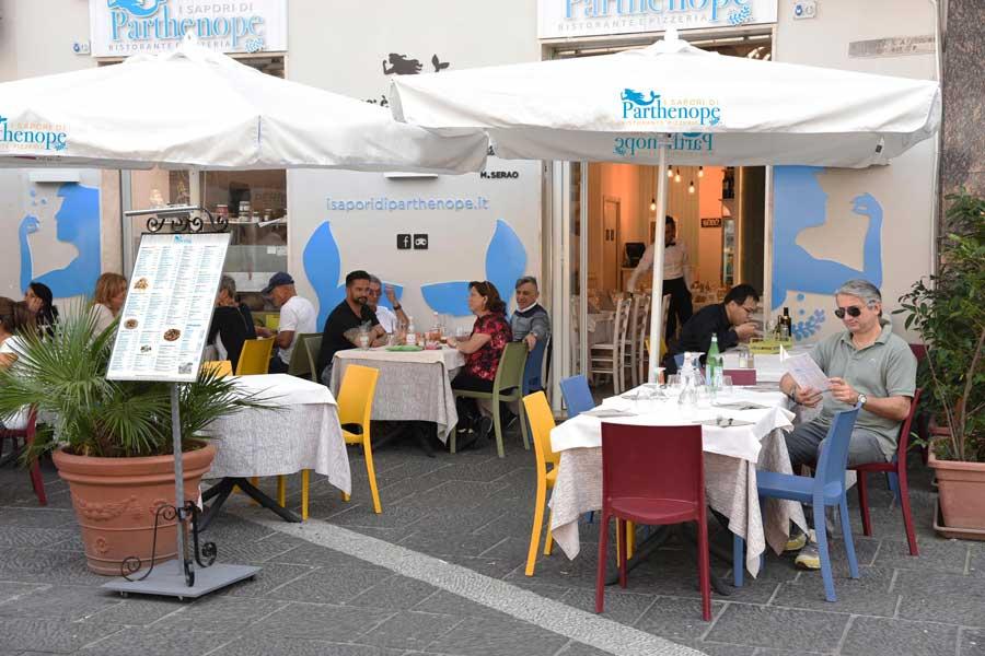 0-i-sapori-di-parthenope-ristorante-pizzeria-napoli-centro-piazza-garibaldi-7-min